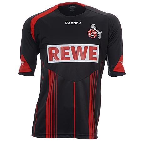 Les maillots de Bundesliga Saison 2009/2010 (Partie 1) Resource_9060